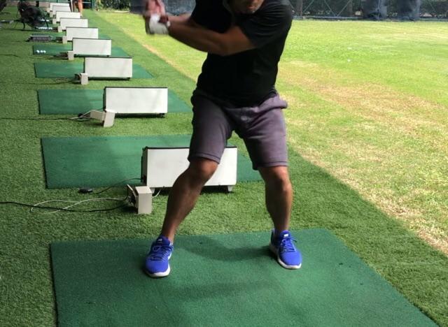 ゴルフスイングと力強い下半身